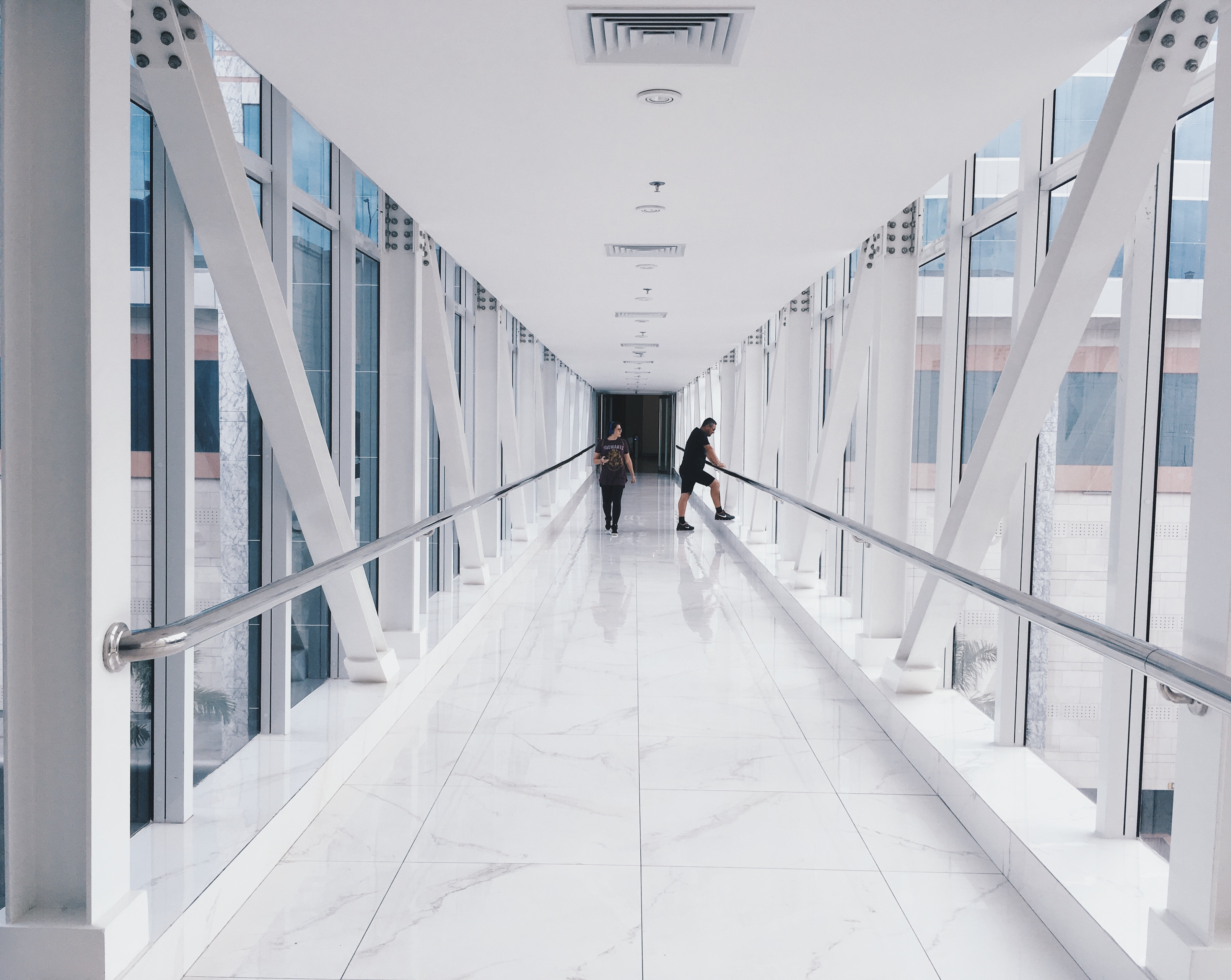 architecture-building-hallway-894144